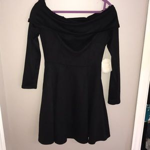 New Off the shoulder black long sleeve dress!